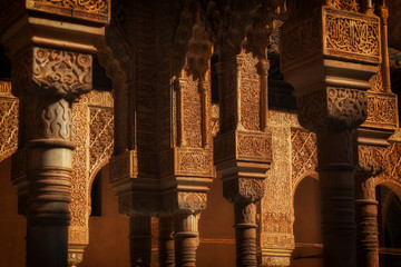 Wall Mural - Alhambra de Granada. Muslim arches in the Court of the Lions