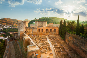 Wall Mural - Alhambra de Granada. Alcazaba at sunrise. UNESCO whs