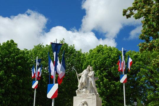 Monument aux héros de la patrie