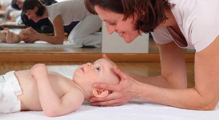 Osteopahie bei einem Baby