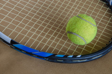 tennis racket with ball