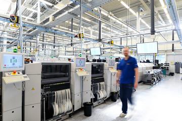 moderne Industrieanlage // High Tech Industrie