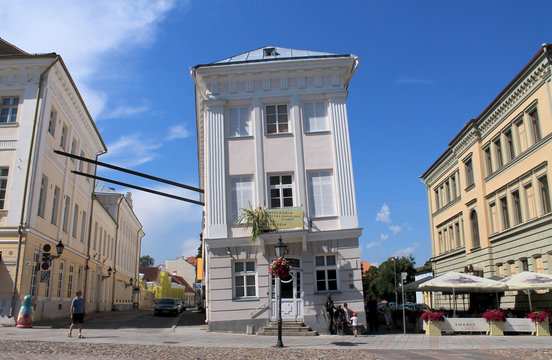 CROOKED HOUSE IN ESTONIA