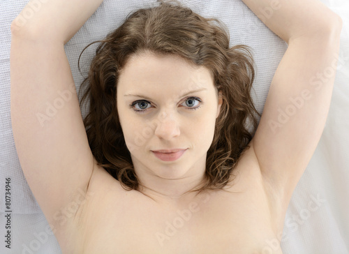 Bett Nacktfotos