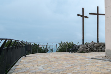 Cross on the hill_2