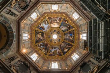 イタリア フィレンツェ メディチ家礼拝堂
