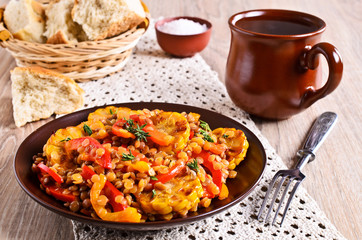 Lentils with paprika and corn