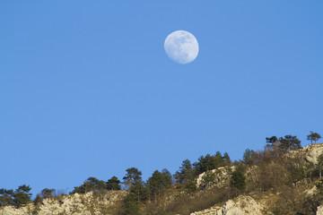 Luna nel pomeriggio