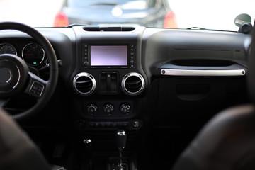SUV Innenraum mit Navi