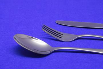 вилка, ложка, нож