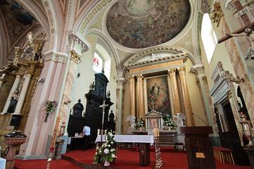Interior Catholic church