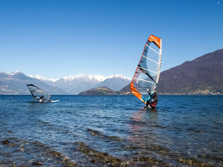 Windsurfer start from the beach