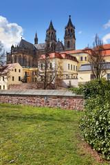 Blick auf Magdeburger Dom vom Fürstenwall