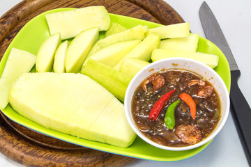 Set of green mangoes with Sweet fish sauce
