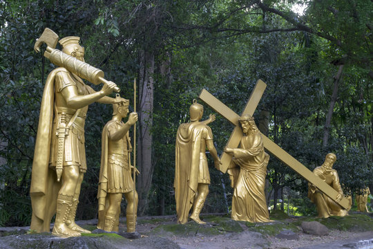 5th Station: Simon of Cyrene helps Jesus to carry his cross #1