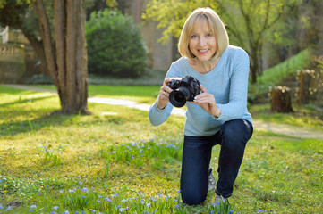 feminin, attractive and  mature photographer