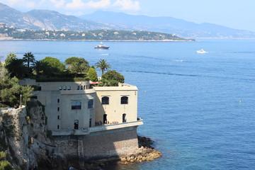Лазурный Берег у княжества Монако