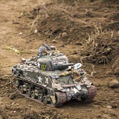 Little tank model