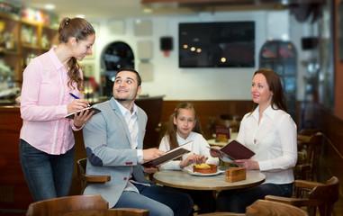 waitress and happy family