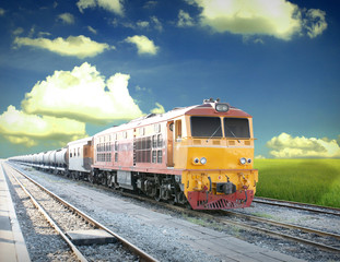 New diesel electric locomotive in the gas freight