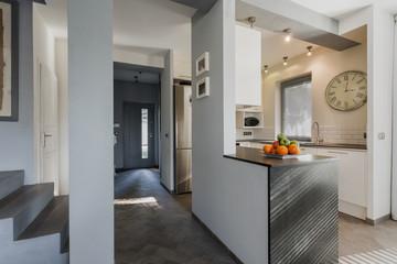Anteroom and kitchen