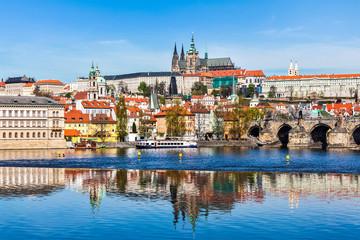 Foto auf Gartenposter Schloss Gradchany Prague Castle and St. Vitus Cathedral