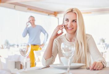 Restaurant meeting