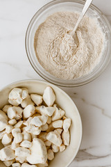 Photo sur Plexiglas Baobab Baobab Fruit and powder, powerful superfood