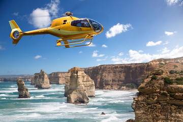 Foto op Plexiglas Helicopter Helicopter over the 12 Apostles, Australia