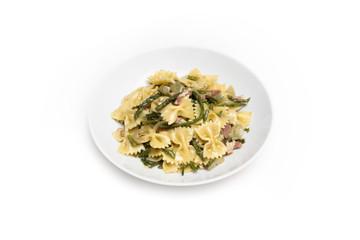 Farfalle con asparagi e bacon, pasta italiana