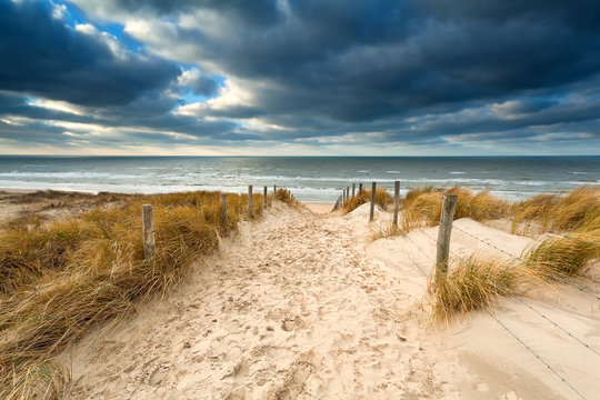 way to stormy North sea beach