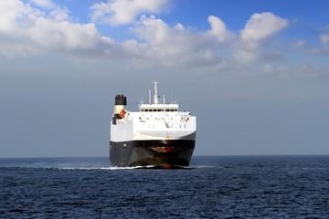 Bow zone of a RoRo ship sailing