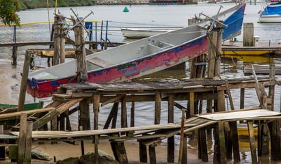 Canoa suspensa