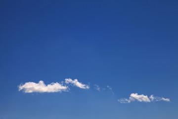 nubes en el cielo 3872-f15