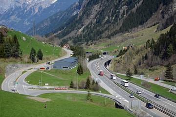 Gotthardautobahn bei Wassen, Uri