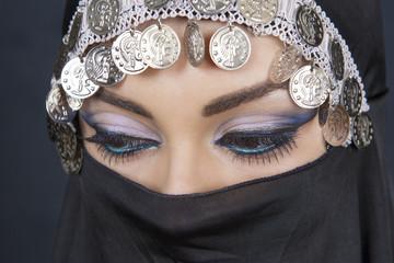 arabic make-up