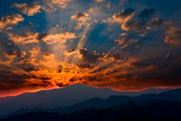 wschód słońca w Pininach