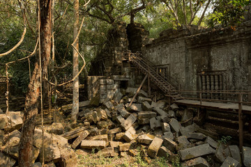 Beng Mealea stairs and stones