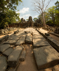 Banteay Kdei stone way