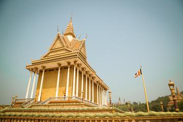 Oudong, Vipassana Dhura Buddhist Center