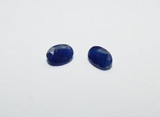 Sapphire facet cut gemstones