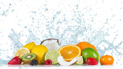 Photo sur Plexiglas Fruit Fruit with water splash