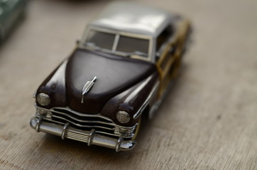 Voiture miniature ancienne