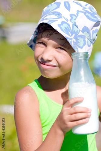 photo of girls milk № 7503