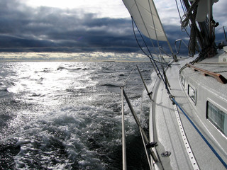Sailing towards bad weather