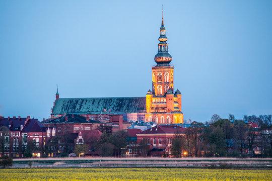 Dom St. Nikolai Greifswald zur blauen Stunde