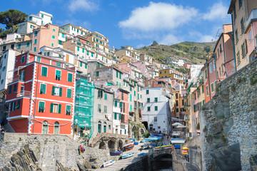 Wall Mural - Riomaggiore fisherman village in Cinque Terre, Italy