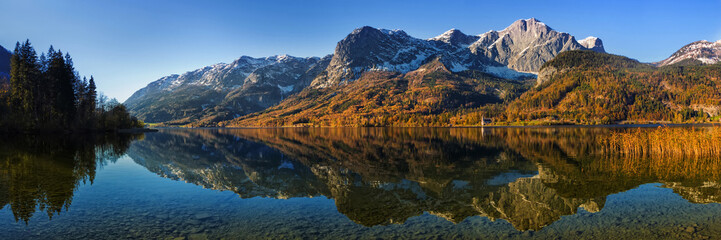 Panorama of autumn Grundlsee lake in Alps mountains, Upper Austr