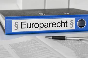 Aktenordner mit der Beschriftung Europarecht
