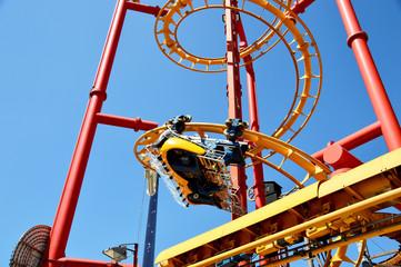 Flying Coaster - Achterbahn mit liegenden Fahrgästen